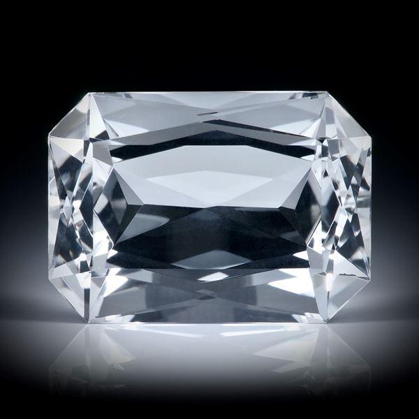schweizer Bergkristall 18.4ct. Scherenschliff ca.19.5x14x10mm