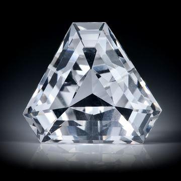 schweizer Bergkristall 14.22ct. Dreieckform facettiert ca.18x16x10.5mm