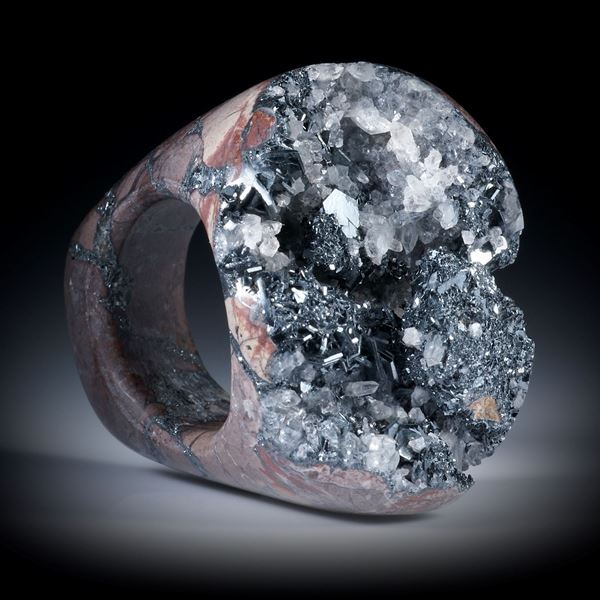Fingerring aus Hämatit, Elsass, kristalline Tafelfläche, Innendurchmesser 18mm