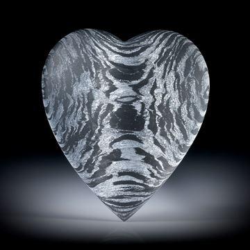 Carbon Herz mit Glasfaser Alu, beidseitig bombiert ca.40x35x10mm