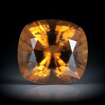 Granat (Hessonit) Tansania 20.43ct. Cushion Cut 17x16x10.5mm