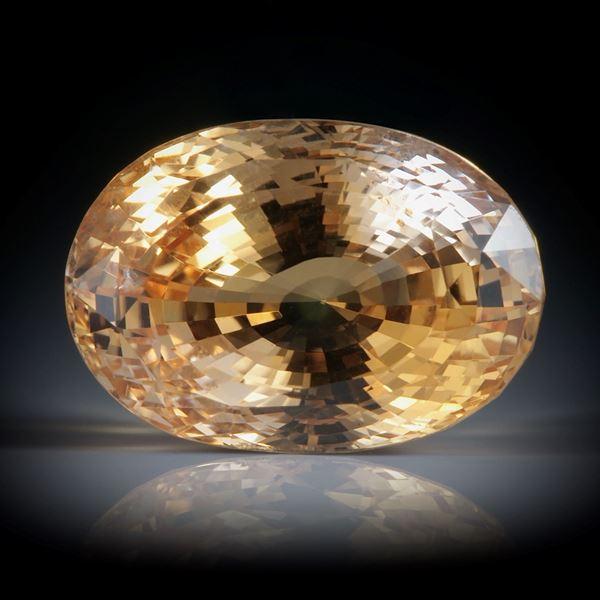 Saphir Sri Lanka 10.62ct. oval facettiert ca.14x9.5x8mm