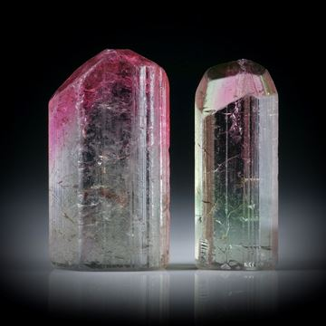 Turmalinkristall Paar, bicolor, total 20.03ct. mit angeschliffenen Standflächen, ca.19x10x6mm