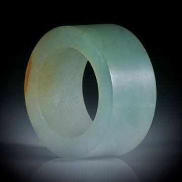 Jadeit Burma, Fingerring parallel geschliffen und poliert, Flachprofil, Breite 13.3mm, Innendurchmesser ca.19mm