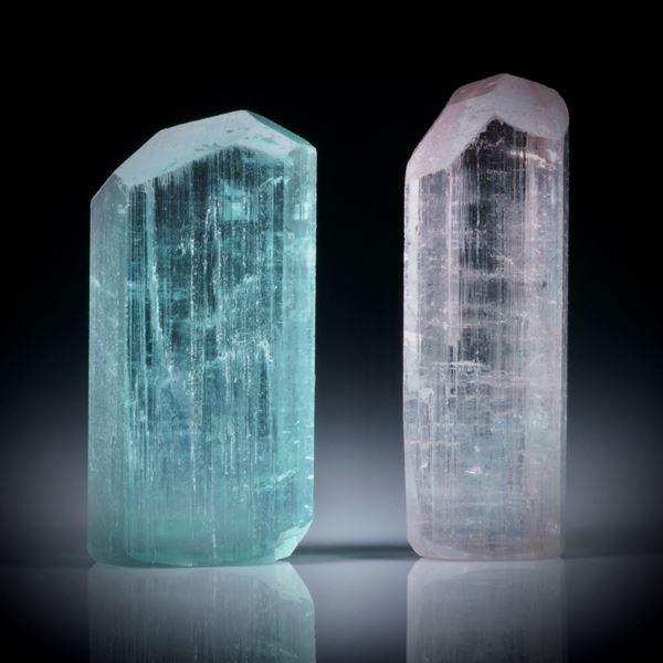 Turmalinkristall Paar, total 21.17ct. mit angeschliffenen Standflächen, ca.18.5x9.5x7mm und ca.20x7x7mm