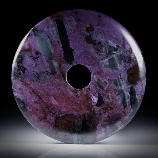Sugilith Pischeibe 125.01ct. ca.54x54x4.5mm