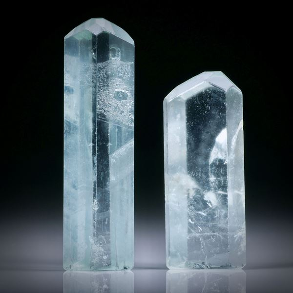 Beryllkristall Paar 61.08ct.  ca.42x12x7mm und 33x13x7.5mm