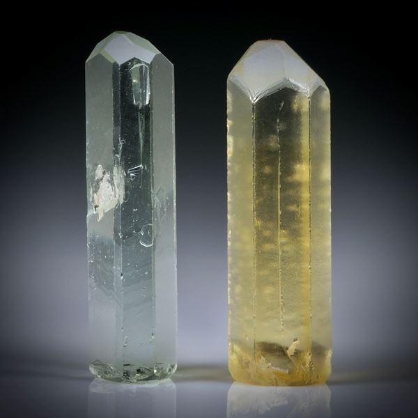 Aquamarin und Goldberyll Kristalle 16.81ct.  Ca.23x7x5mm und 23x7x6mm
