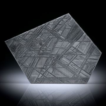 Eisenmeteorit mit geätzter Oberfläche, Polygon ca.40x29x2.5mm