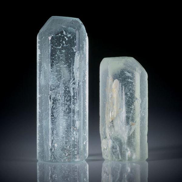 Beryll Kristall Paar 82.55ct. ca.37x13x11mm und 27x12.5x9mm
