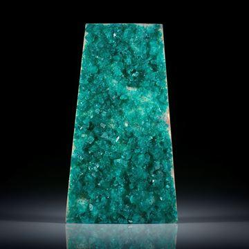 Dioptaskristalle auf Muttergestein, Trapezform ca.51x18x10mm