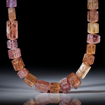 Topas Brasilien, Collier aus naturbelassenen Kristallen, seitlich bombiert geschliffen, Durchmesser von ca.4mm bis ca.14mm, Länge ca.50.5cm