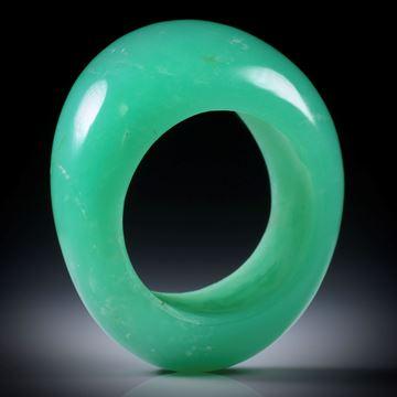 Chrysopras Fingerring, geschwungene Form, poliert, Breite von 10 bis 14mm, Innendurchmesser 18.1mm