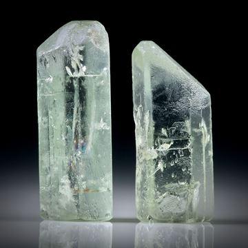 Beryll Kristall Paar 23.38ct. ca.24x8.5x6mm und 21.5x9x6.5mm