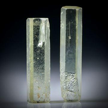 Beryll Kristall Paar 17.78ct. ca.28x6x5mm und 25x7x5mm