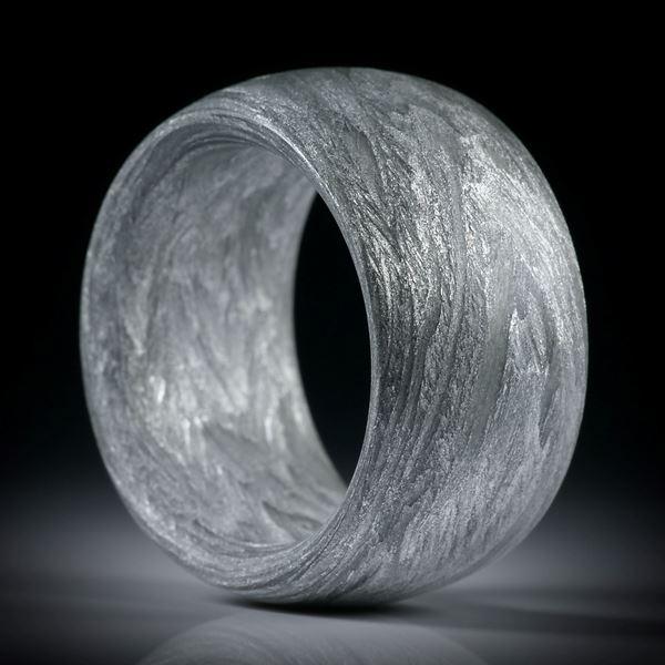 Alutex Fingerring, gewickelte Struktur mattiert, Breite 14mm, Stärke 5mm, Innendurchmesser 20.7mm