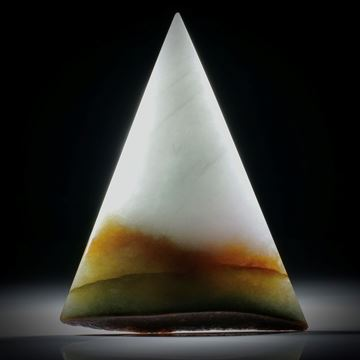 Jadeit Burma, Dreieckform mit Farbverlauf, teilweise naturbelassen, ca. 77x60x10mm
