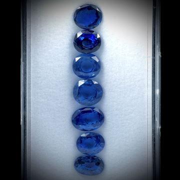 Saphir unerhitzt 17.78ct. Lot aus 7 Steinen von ca.8x6mm bis 9x7mm